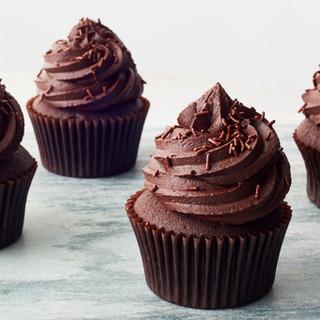 Easy-Chocolate-Cupcakes-001-BG-17429609_preview.jpg