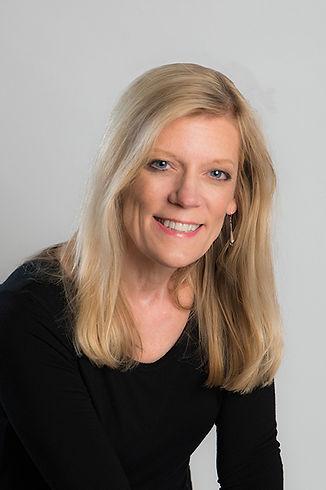 Dee Schroeder, Newborn photographer