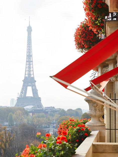 paris-plaza-athenee-royalsuite-view.jpg