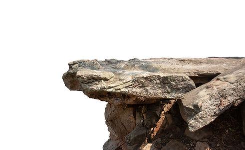 Kantiger Stein auf weißem Hintergrund