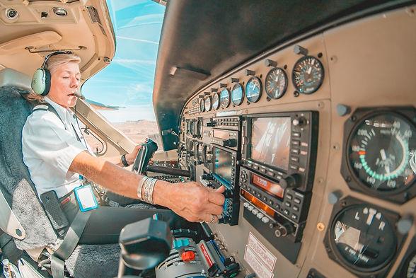 westwind-air-service-_TUvJQS9Aoo-unsplas