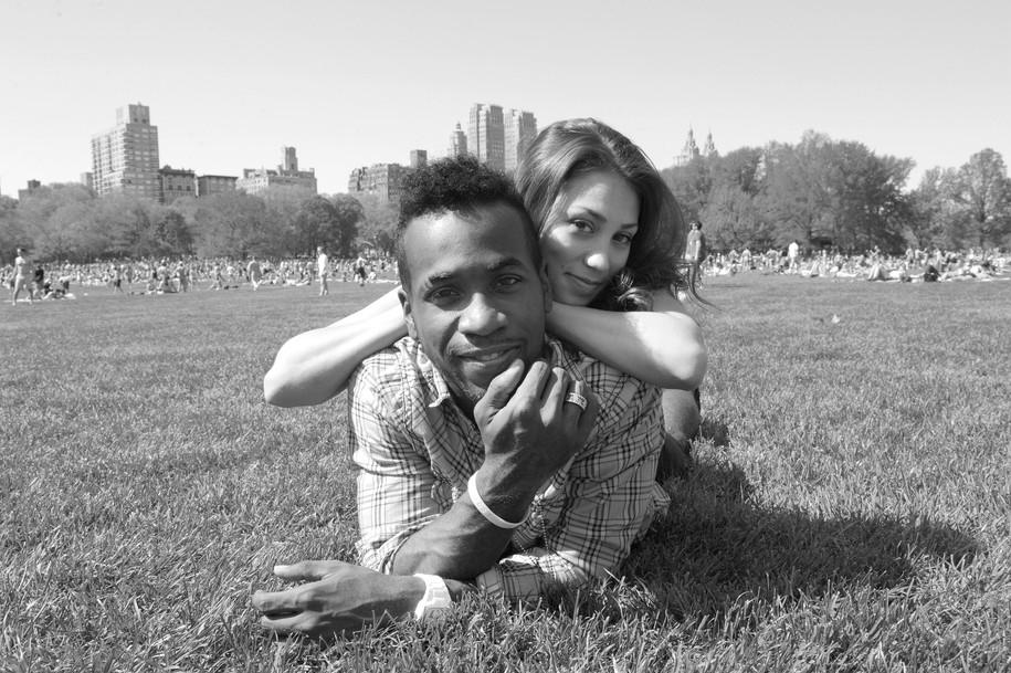 Amanda+Wadi = Creative bond/ Central park/ Active Sunny Day