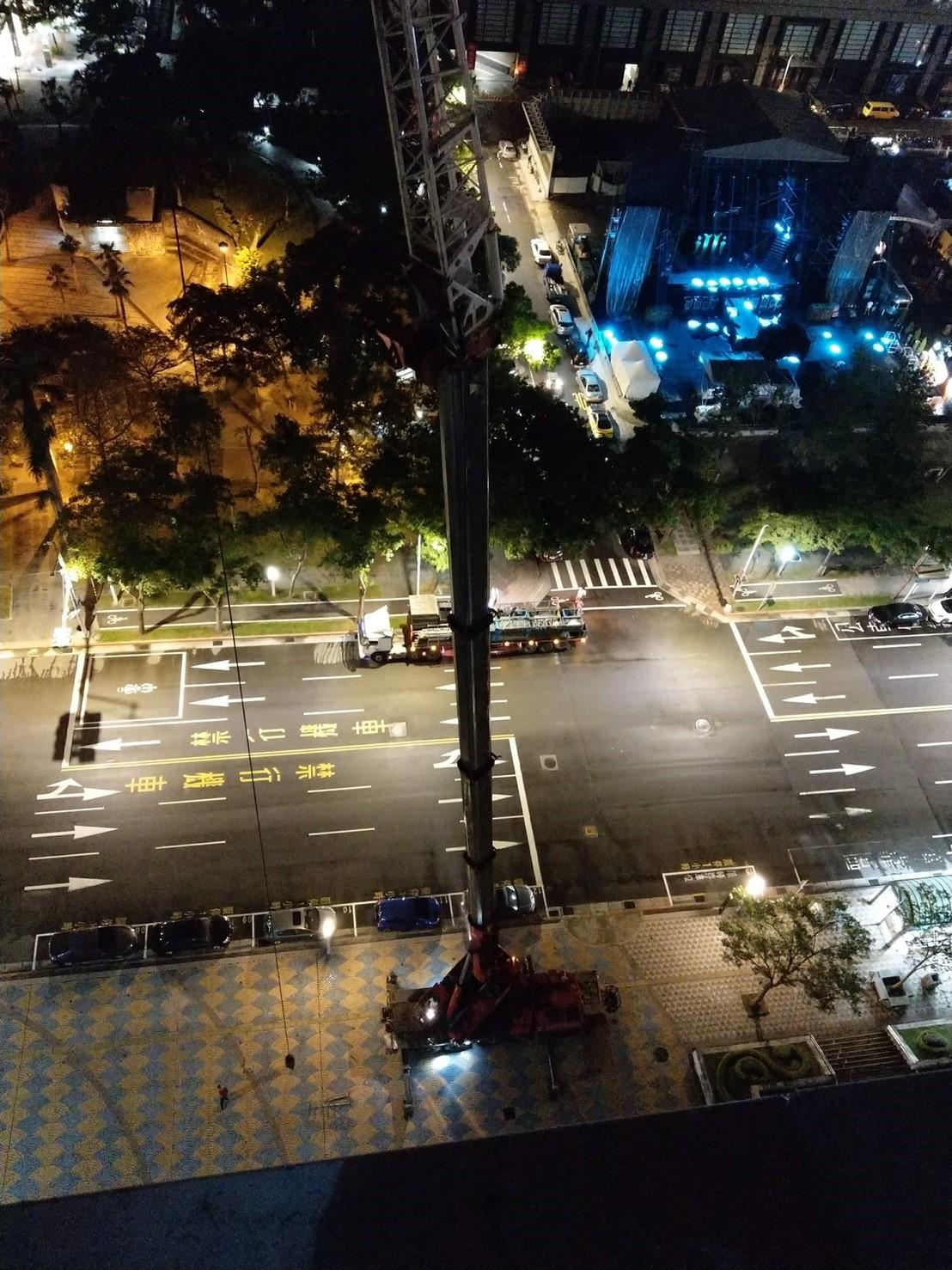 臺北市政府外牆帆布