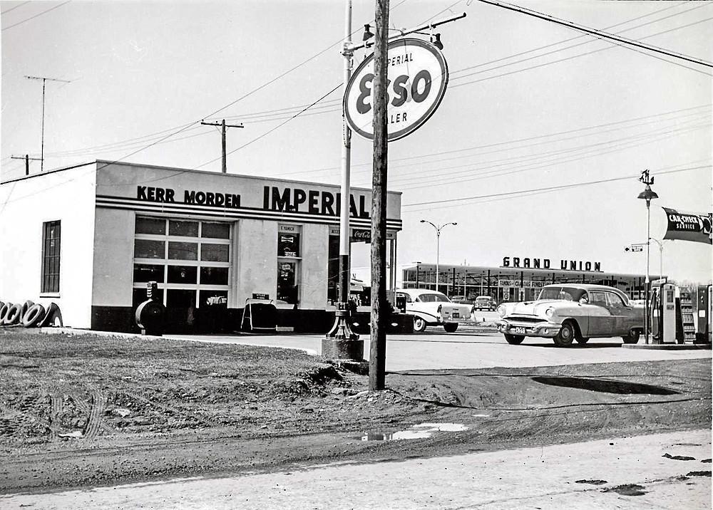 Kerr Street and Speers Road - 1957