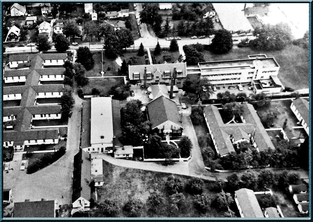 Oakwood Public School circa 1969