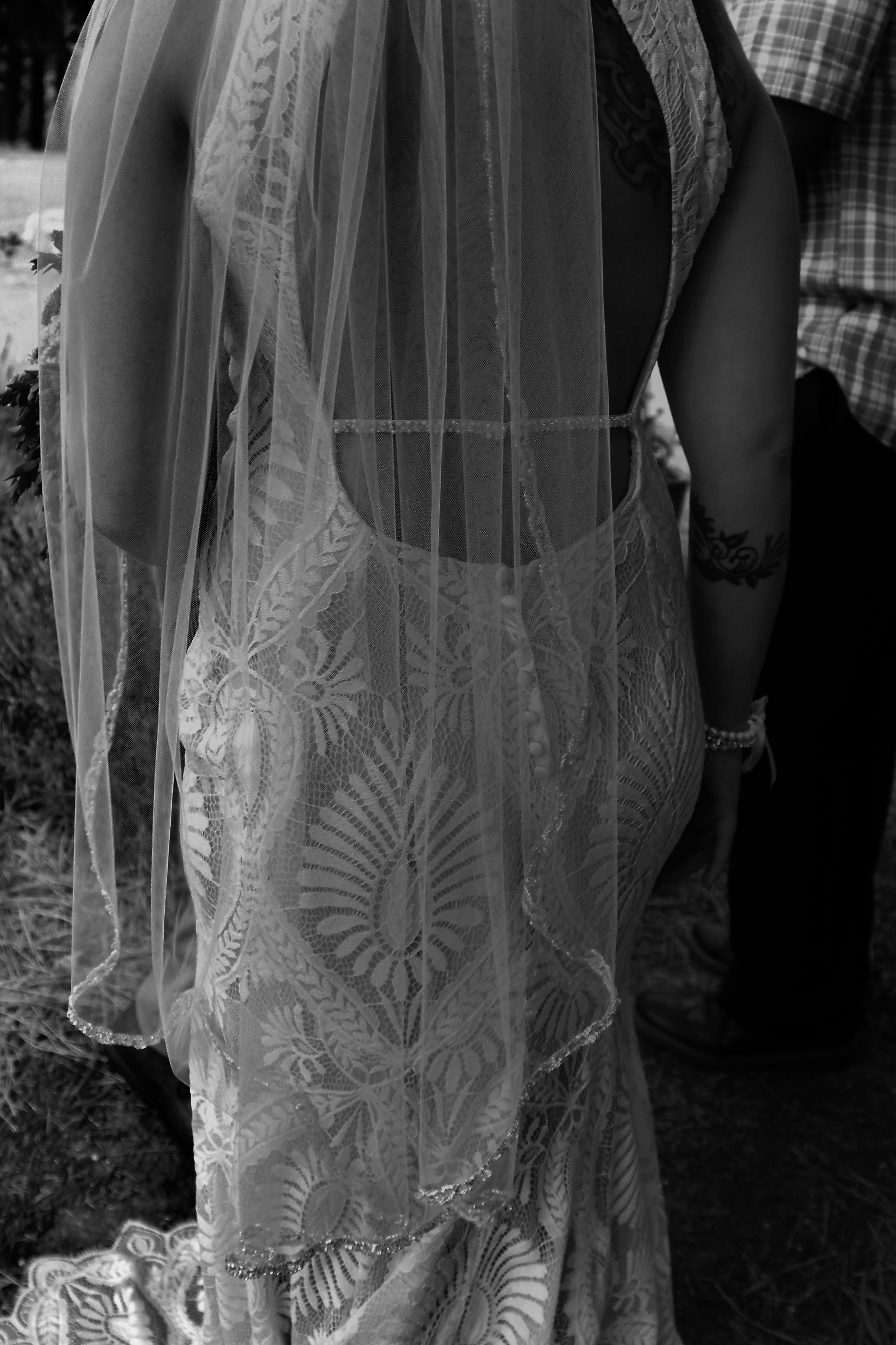 bridal veil and low cut bridal gown