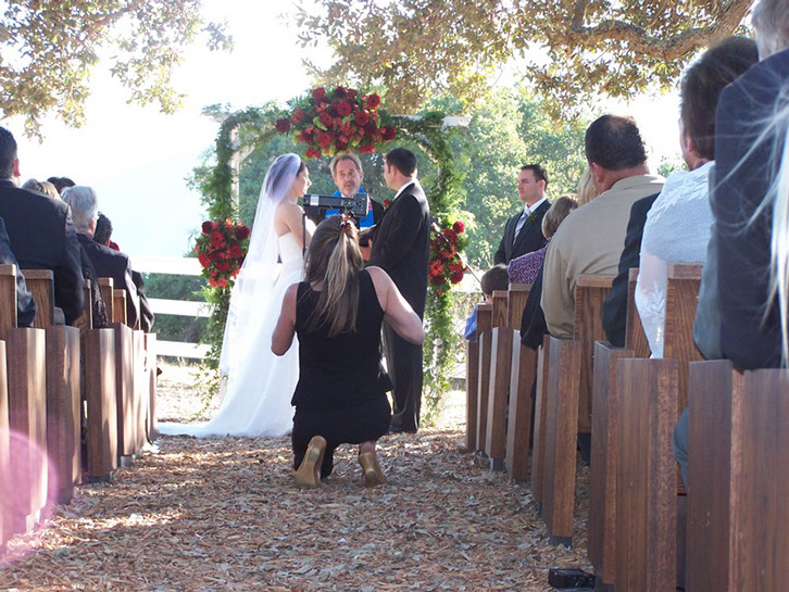 Photographing an outdoor wedding