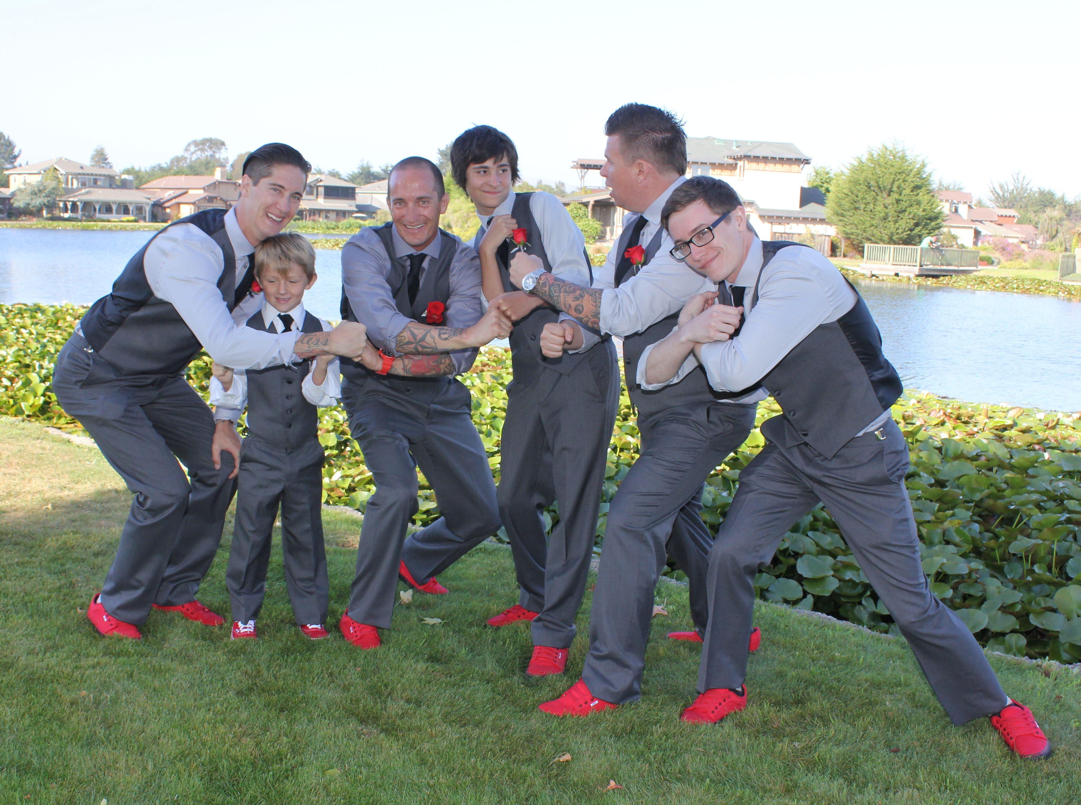 groom and grooms men