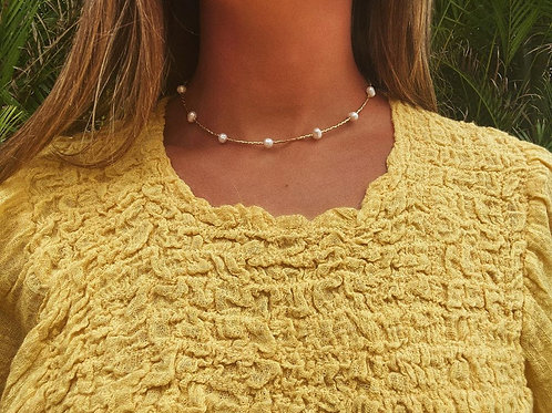 Traditional Golden Pearl Choker