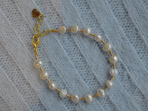 Happy as a Clam Bracelet