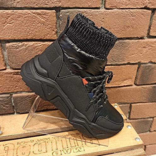 Спортивные ботинки Spur