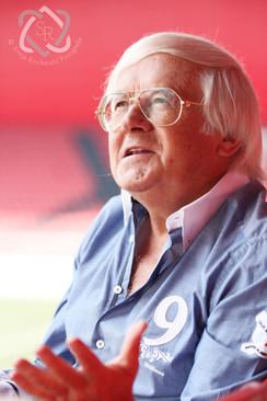 Gilbert Gress, Fussballtrainer - Cover und Interview für die Zeitlupe