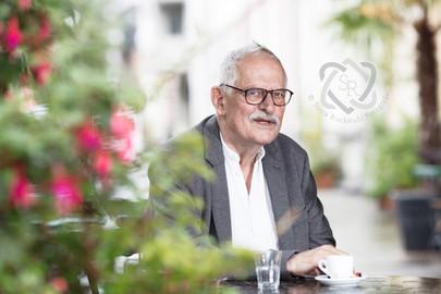 Hansjörg Schneider, Schriftsteller - Cover für die Zeitlupe