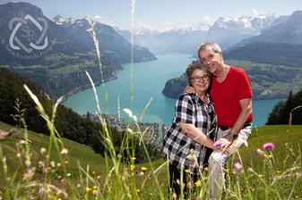 Blanca Imboden mit Partner Peter Bachmann, Schriftstellerin - Portrait für die Glückspost