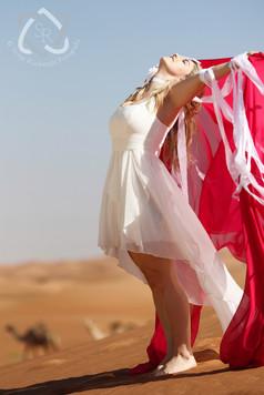 """Beatrice Egli, Schlagerstar, Videodreh zum neuen Lied """"Federleicht"""" in der Hatta-Wüste in Dubai - Schweizer Illustrierte"""