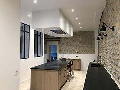 renovation-ecurie-cuisine-salon-salle-ma