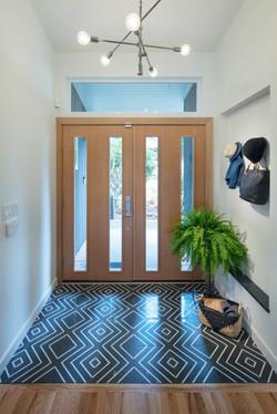 Entry - Tile & Niche