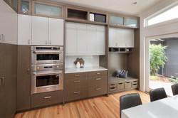 Kitchen - Oven & Bench