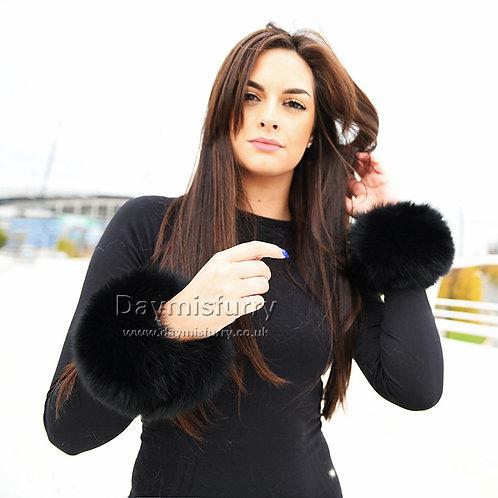 DMA11C Finn Fox Fur Slap on Cuffs -Black