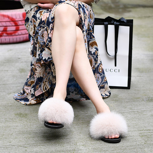 Fox Fur Slippers - Vanilla Cream