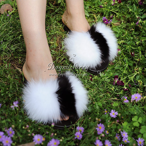 Fox Fur Slides - White /Black