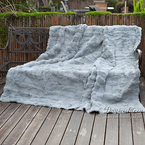 DMD30A Patchwork Rabbit Fur Blanket / Fur Throw in Light Grey