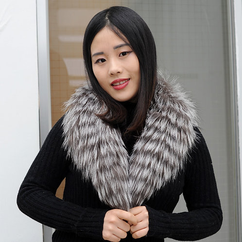 DMA50 Detachable Silver Fox Fur Collar