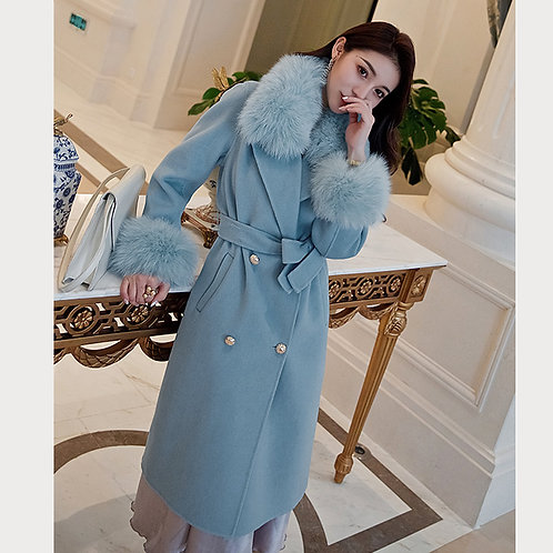DMGT20A Cashmere Coat With Fur Collar And Cuffs
