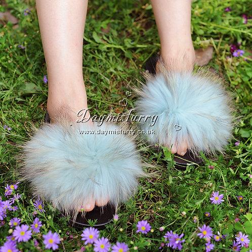 DMA101D Raccoon Fur Furry Slipper