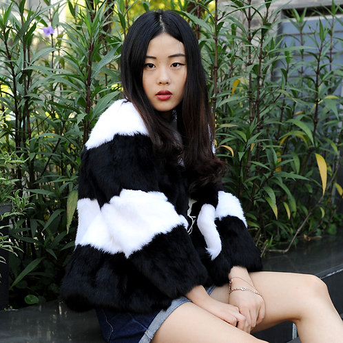 AW18 Rabbit Fur Lady Coat In Black And White