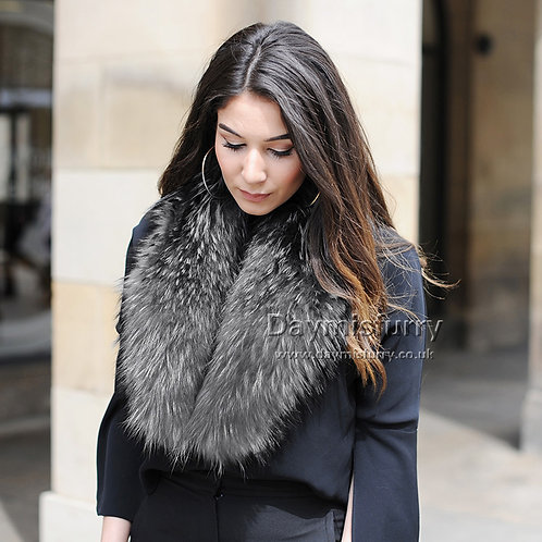 DMA17M Large Detachable Raccoon Fur Collar Scarf