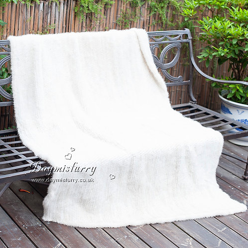 DMD80F Knit White Mink Fur Throw Blanket