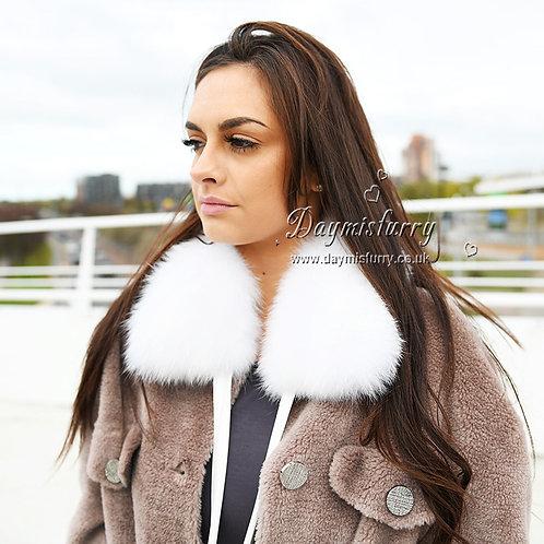 DMA77C White Fox Fur Collar with Ribbon Tie