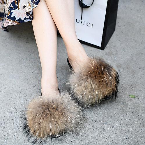 DMA70 Raccoon Fur Furry Slipper