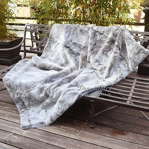 DMD32B Rex Rabbit Fur Blanket / Throw in Grey Frost