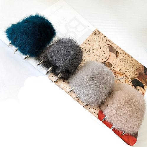 DMR54 Mink Fur Wolfclaw Bag Charm