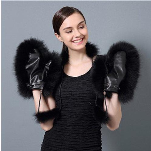 DMA67F Fox Fur Mittens / Fur Glove
