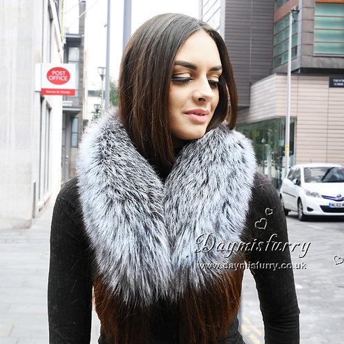 DMA92D Silver Fox Fur Collar / Fur Scarf
