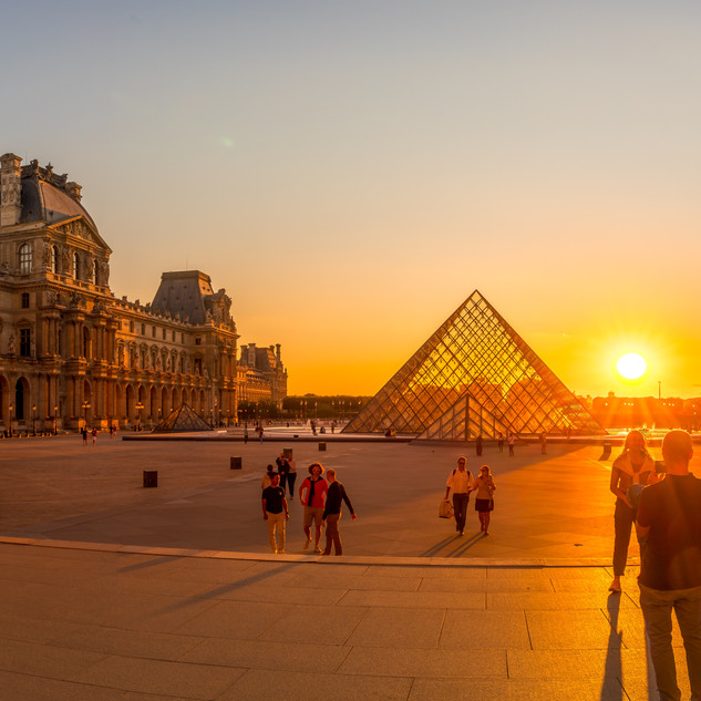 Pano Sunset at the Louvre