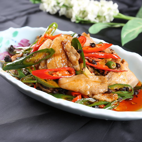 Twice cooked softened pork with chilli oil (10504)