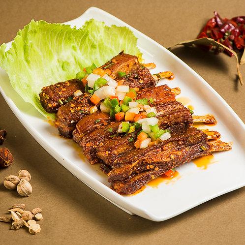 Heavily spiced lamb ribs (10301)
