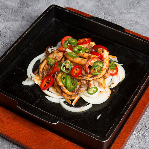Sizzling squid with chilli sauce (35005)