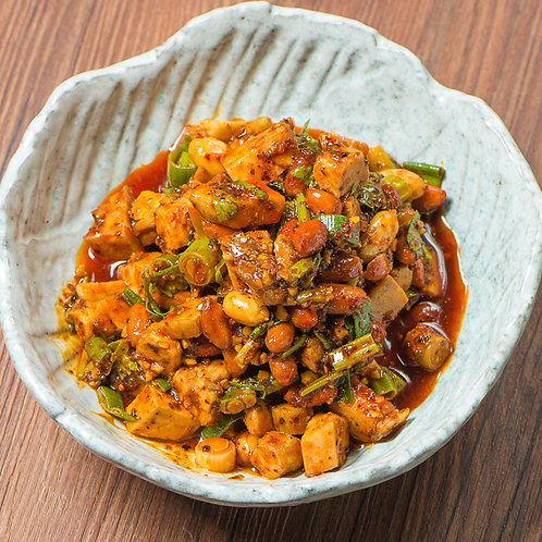 Chilli chicken chunks with celery and peanuts (10102)