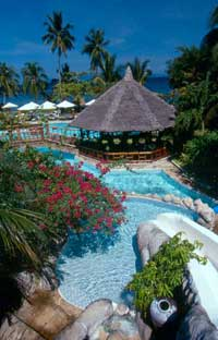 Coco-Beach_pool01.jpg