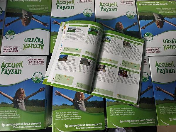 accueil paysan guide 2019 2020.jpg