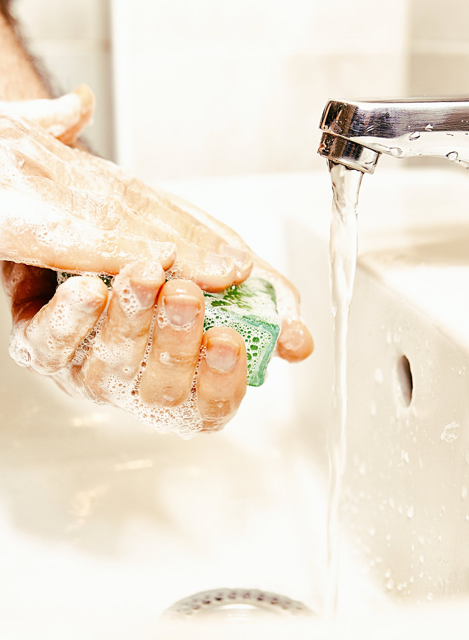 wash_your_hands_with_soap-scopio-6224507