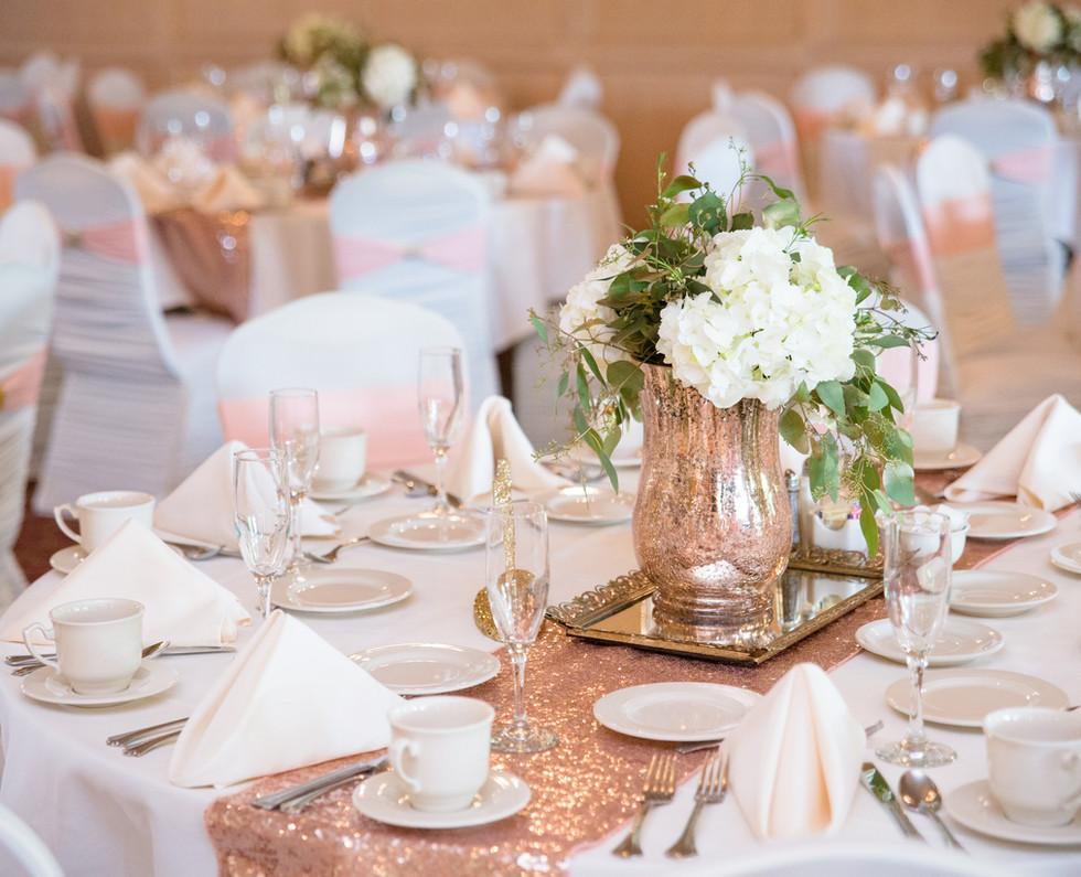 banquet-blurred-background-chairs-171251