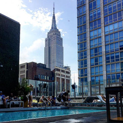 To some it is just water for me it is happiness! #rooftop #city #newyorkcity #nyc #studentlife #sun