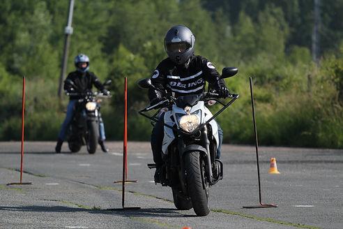 Parcours lent moto Lardy Conduite