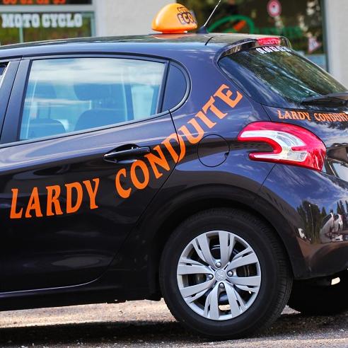 Peugeot 208 Lardy Conduite - Essonne